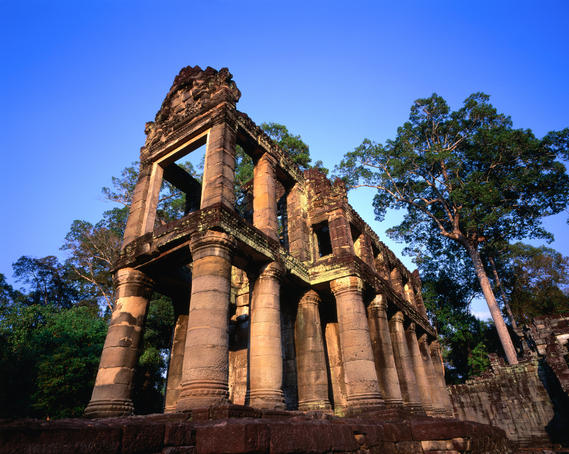 The 'library' building of Angkor's largest monument, the Preah Khan (Sacred Sword) temple. This temple was possibly a temporary residence while Angkor Thom was being completed.