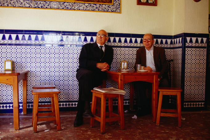 Afternoon coffees for two old friends - Sevilla, Andalucia