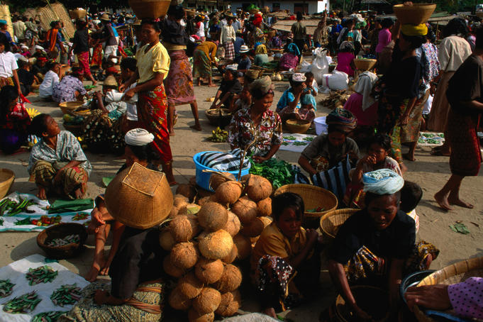 The bustling lively food market in Kuta, south Lombok