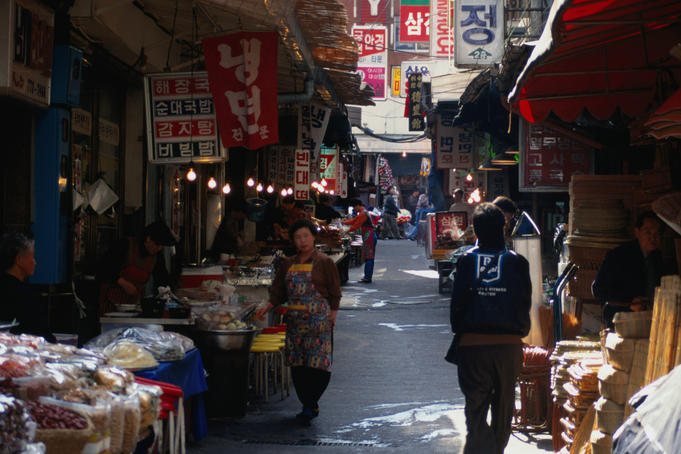 Morning sunlight over Seoul's Namdaemum Market.