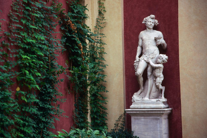 A statue in the courtyard of Palazzo Reale.