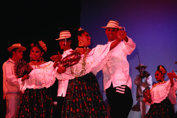 A performance by the Tradicion del Caribe dance troupe at T