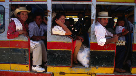 Local bus, Colombia