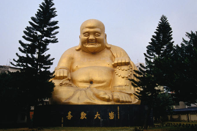 Buddha statue at Paochueh Temple.
