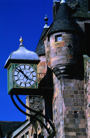 The Old Tollgate on Edinburgh's Royal Mile, the Royal Mile connects Edinburgh Castle and the Palace of Holyrood House