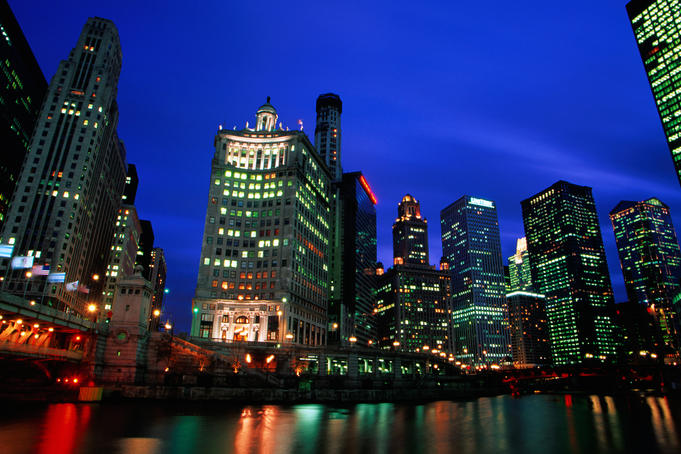 Chicago River and skyline at dusk.