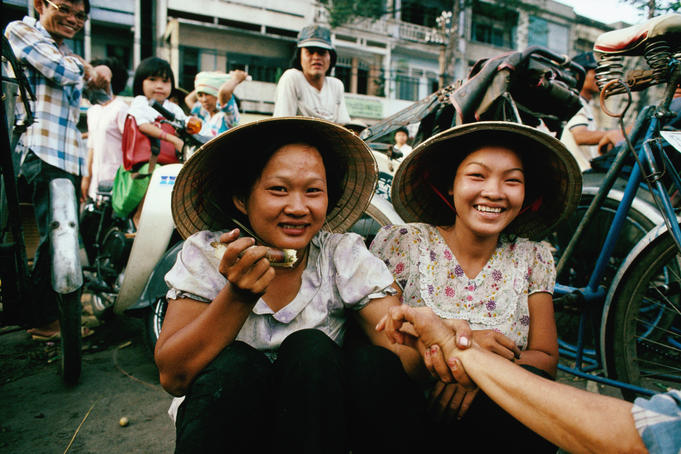 Young women at the Cholon Market