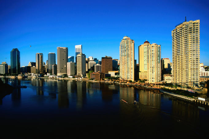 City skyline and Brisbane River.