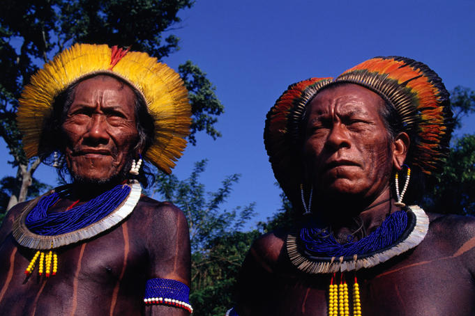 Portrait of two native indians.