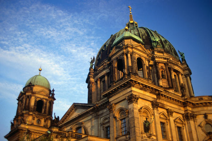 The neo-baroque Berliner Dom (Berlin Cathedral) 1905, has been restored to its pre-WWII splendour