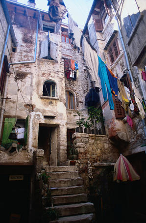 Washing hanging in a courtyard in the old town of Rovinj - Rovinj, Istra