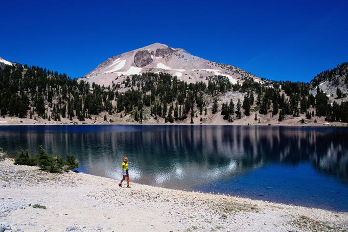 Helen Lake and Mt Lassen - Lassen Volcanic National Parkv, California