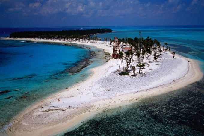 View of Half Moon Caye, on the Lighthouse Reef.