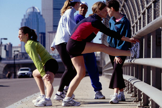 Houston podiatrist discusses the importance of stretching before running